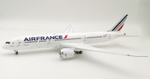 Air France Boeing 787-9 Dreamliner F-HRBF With Stand