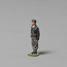 12th SS Panzer Division A Veteran Tanker Looking Left (Panzer wrap black jacket), single figure