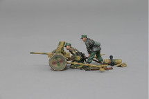 Pak 36 Anti-Tank Cannon with two crew figures, 37mm ammunition carton, Stielgranate Cannister, & Spare Stielgranate, WWII