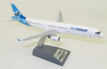 Air Transat Airbus A321-211 C-GEZJ With Stand