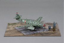 Me 262 Schwalbe Late War Camouflage Paint Scheme WWII Display Model
