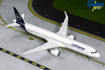 Lufthansa A321neo D-AIEA (new livery) Gemini 200 Diecast Display Model