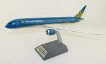 Vietnam Airlines Boeing 787-9 Dreamliner VN-A868 With Stand