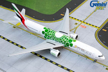 Emirates B777-300ER A6-EPU (green Expo 2020 livery) Gemini Jets Display Model