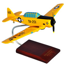 AT-6A Texan I (Yellow) USAF Mastercraft Models