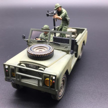 Machine Gun Figure for the Land Rover 109.430 4 x 4 Utility Vehicle with Driver Figure and Stores Vietnam War Set (ACCPAK045C)