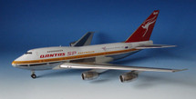 Qantas VH-EBA Boeing 747-238B With Stand and Collectors Coin