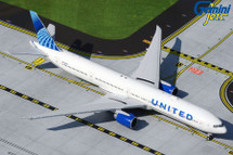 United Airlines 777-300ER, N2749U Gemini Jets Diecast Display Model