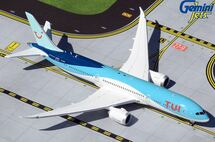 TUI Airways 787-9 Dreamliner, G-TUIM Gemini Jets Diecast Display Model