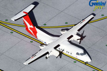 Qantas Dash 8-200, VH-TQX Gemini Jets Diecast Display Model