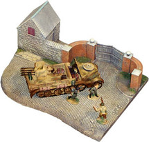 Set D-Day Surrender Set #2-SdKfz, Three Figures and Diorama Base