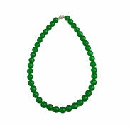 Stunning simple jade bead necklace