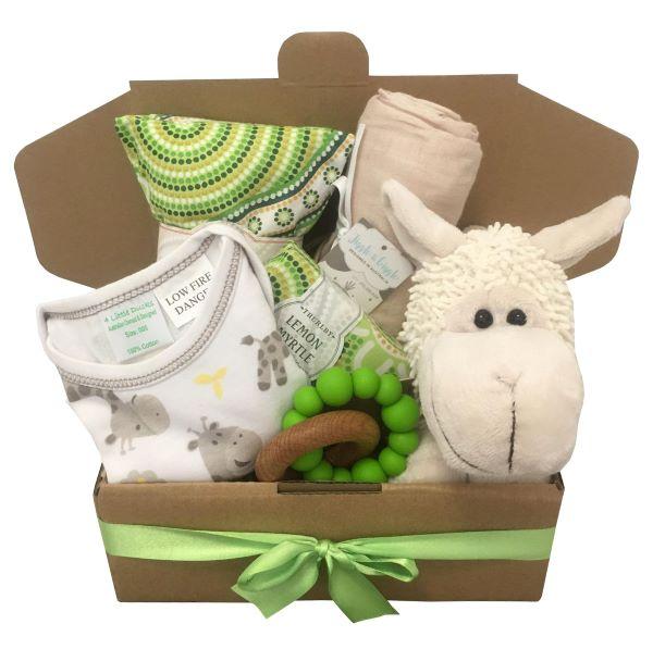 baby-gift-box-lamb-unisex.jpg