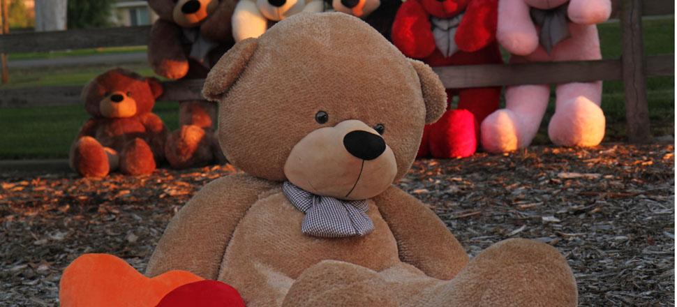 6-foot-huge-teddy-bear-shaggy-cuddles-2.jpg