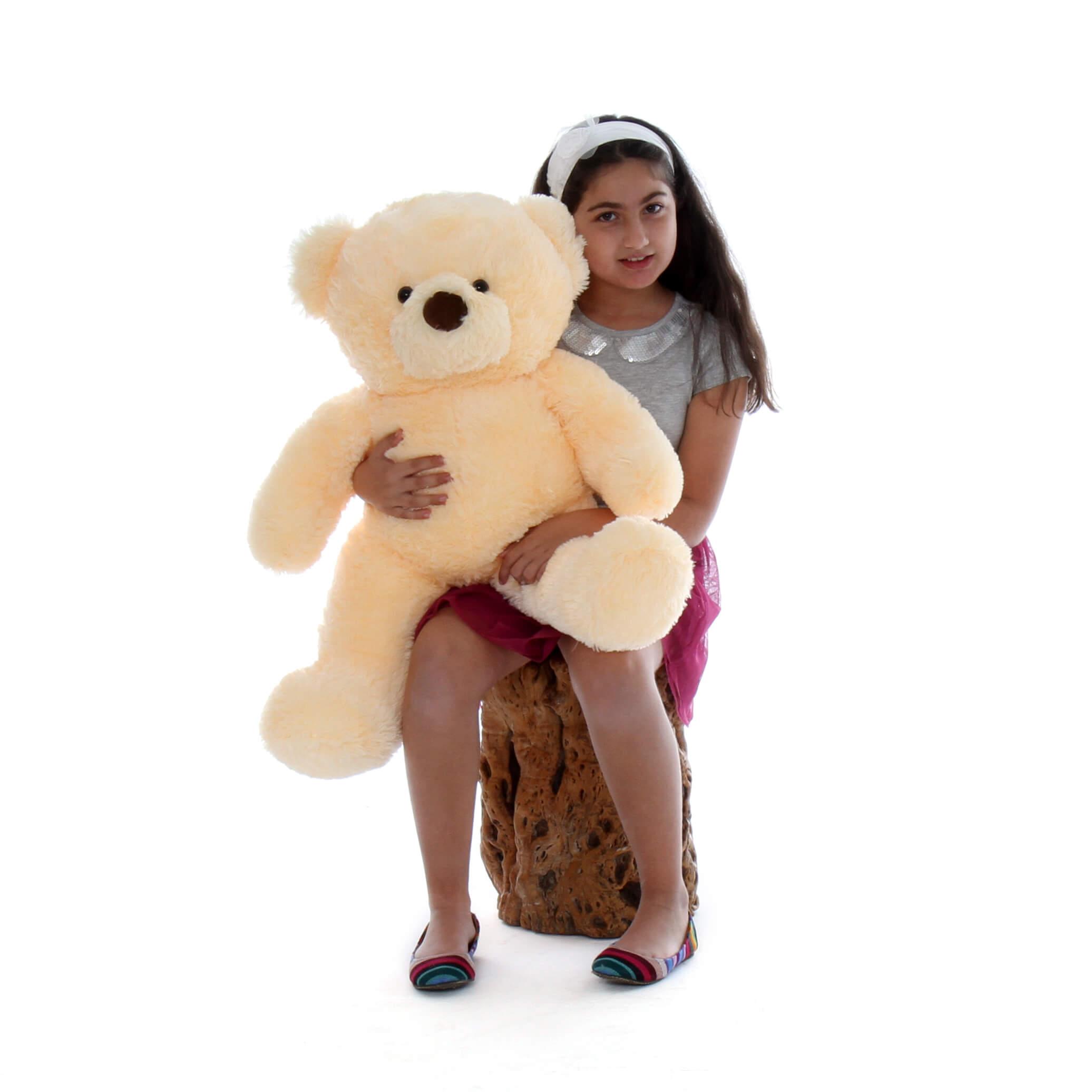 giant-teddy-bear-in-vanilla-smiley-chubs-1.jpg