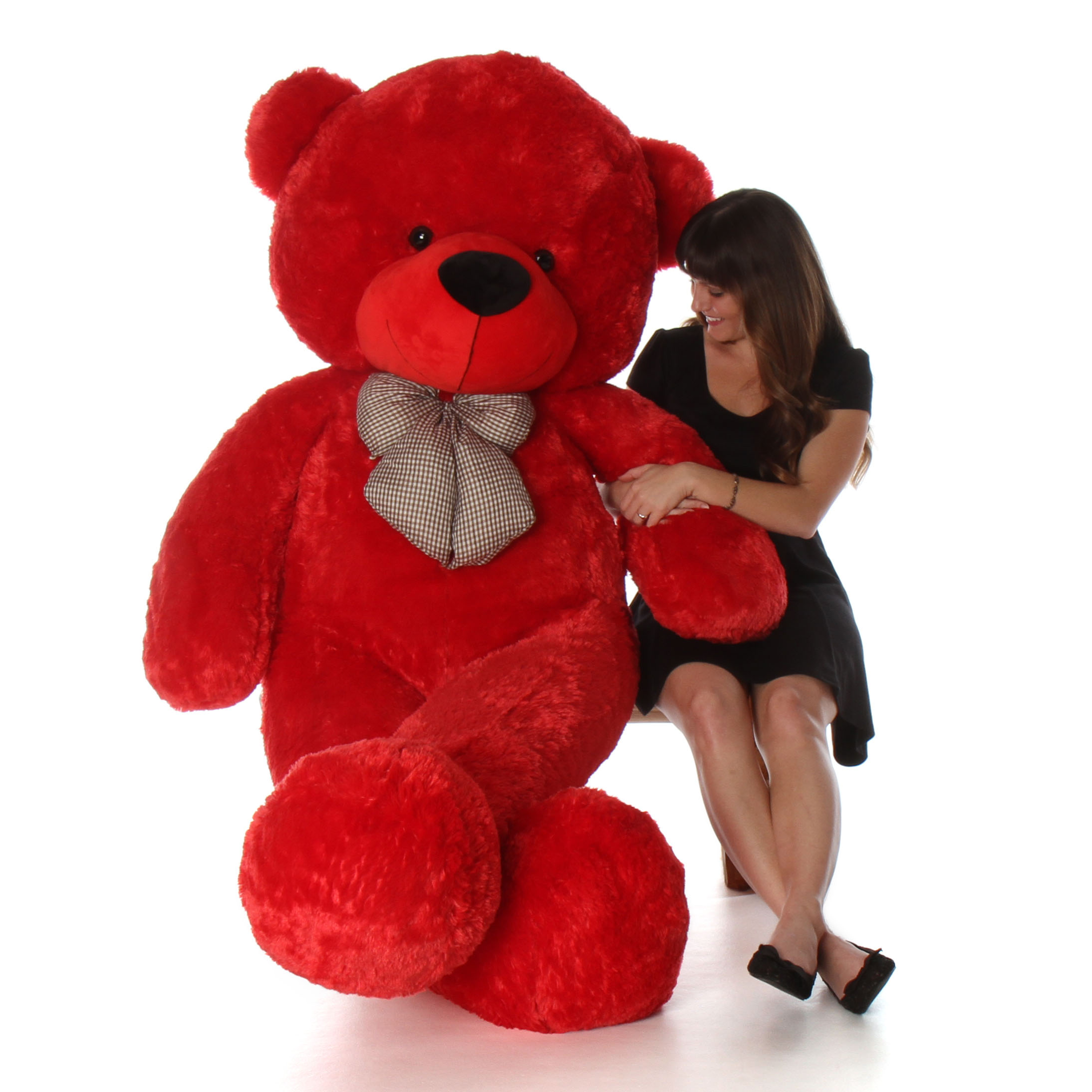 humongous-life-size-72in-red-teddy-bear-bitsy-cuddles-perfect-christmas-or-valentines-teddy-bear.jpg