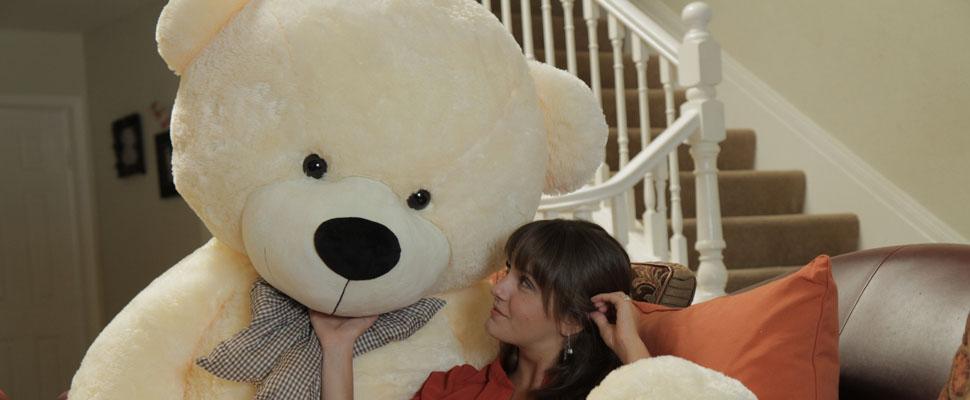 the-biggest-cozy-cuddles-teddy-bear.jpg