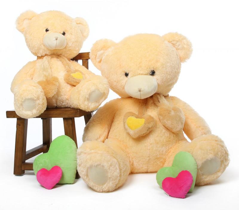 Sweet Hugs cream teddy bear 45in