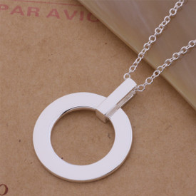 925 Marked Sterling Silver Circle Pendant Necklace 45cm