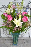 Hearts Pirouette bouquet by Teleflora