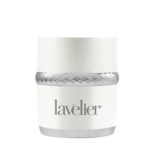 Give yourself a powerful boost in radiance and silkiness with the Intensive Facial Peel from Lavelier. Using the age-defying infusions of Coral Seaweed, this effective exfoliating peel will make you feel clean and fresh.