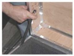 p1236-nylon-lid-stay-in-action.jpg