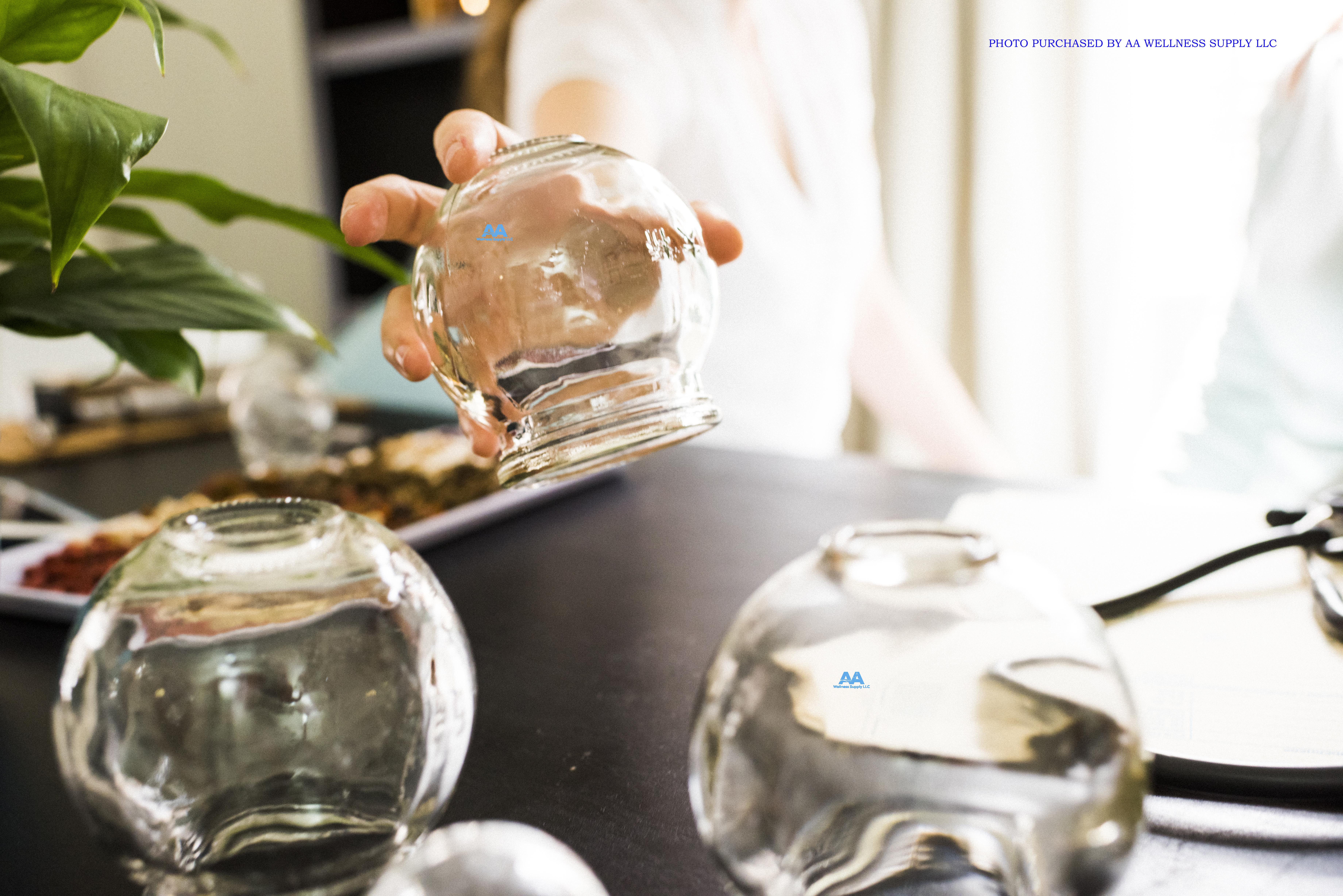 glasscuphand.jpg
