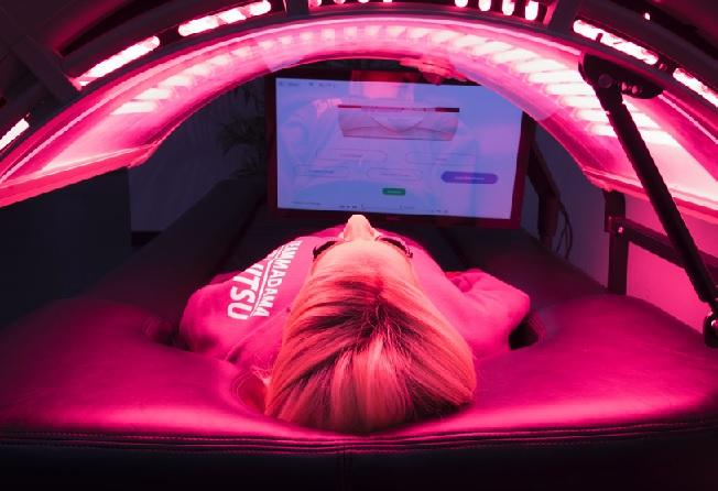 aqufriziofaceredlightbedmassage.jpg