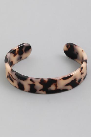 Abra Beige Leopard Tortoise Shell Solid Cuff Bracelet