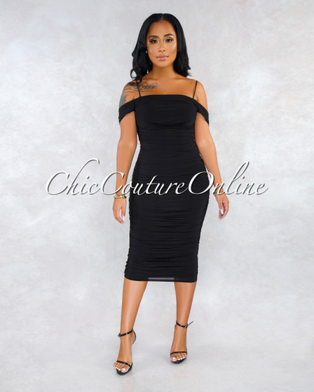 Wonderland Black Ruched Off-The Shoulder Dress
