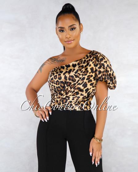 Minah Leopard Print Single Puffy Sleeve Crop Top