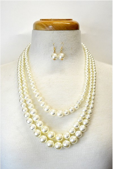 Audrey Faux Layered Pearl  Necklace & Earrings Set