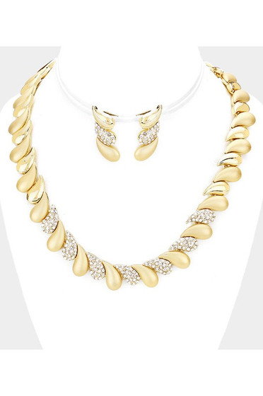 Divva Gold & Pave Teardrop Detail Collar Necklace