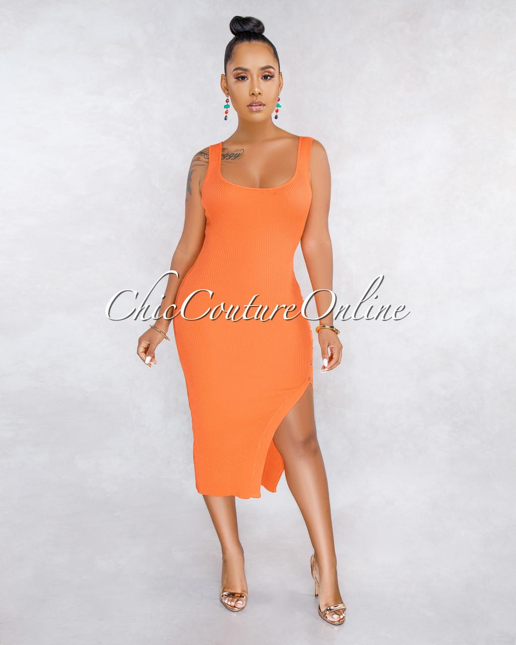 c15066dd7d834 Treasure Orange Ribbed Side Slit Gold Snap Midi Dress