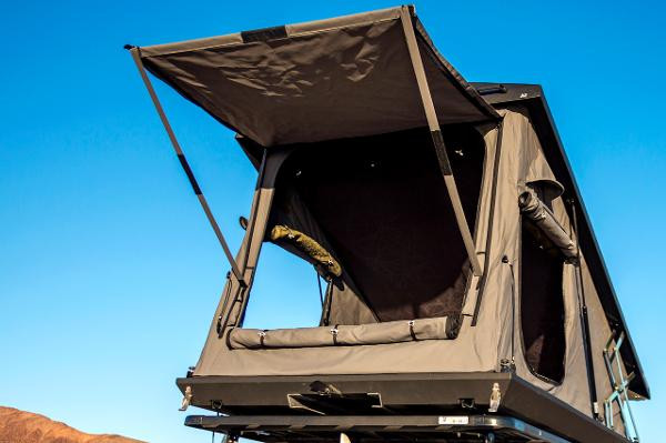 Eezi Awn Stealth Roof Top Tent. Image 1. Loading zoom & Eezi Awn Stealth Roof Top Tent - Uneek 4x4 Pty Ltd