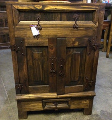 Colonial Nightstand -DR