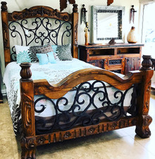 Alamo Queen Carved Bed ** SALE $700 OFF