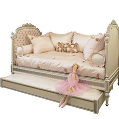 FLOOR SAMPLE Princess Daybed w/Trundle