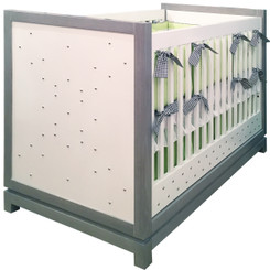 FLOOR SAMPLE Tempo Crib with Studs