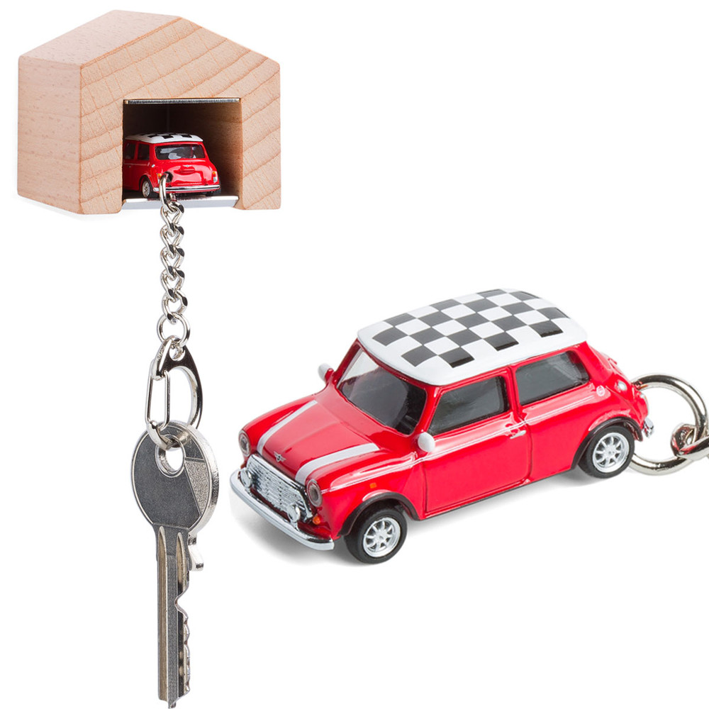 Mini cooper die cast keyring with wooden garage for Garage mini cooper annemasse