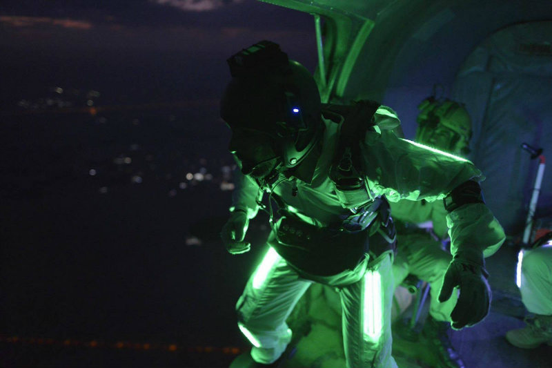 high output green lighting in wingsuit parachute