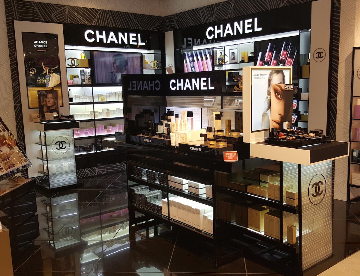 product kiosk lighting display 06