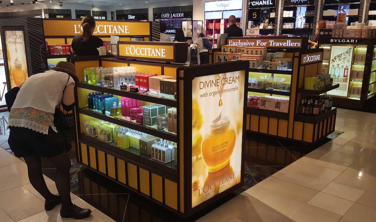 product kiosk lighting display 03