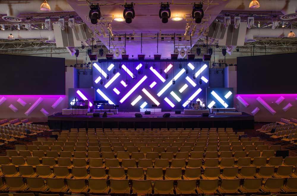 saddleback church DMX rgb stage lights 02