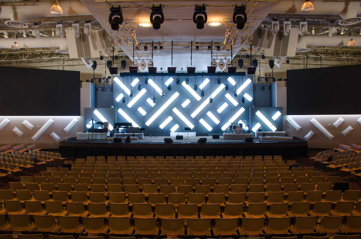 saddleback church DMX rgb stage lights
