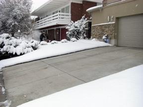 snow-melt-driveway.jpg