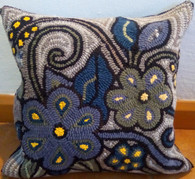 "Handmade Hooked Pillow Cover by Yessica Guatemala (16"" x16"")"
