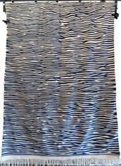 """Handwoven Flat Weave Wool Rug Morocco (82"""" x 124"""")"""