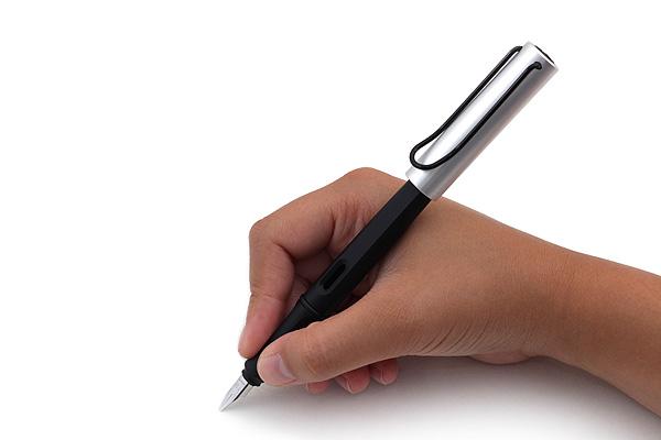 Bút máy Lamy Joy