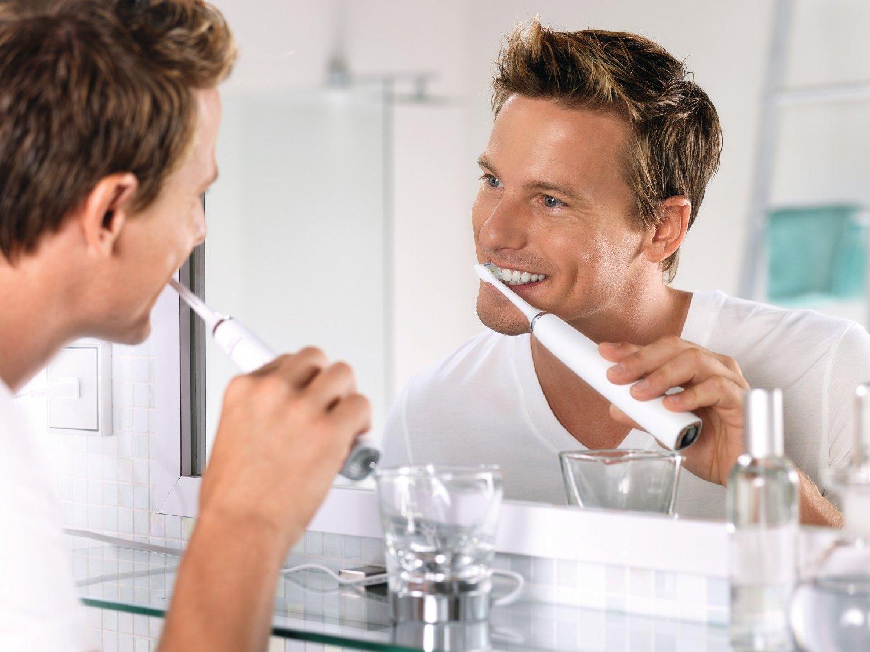 Philips Sonicare Diamondclean White hx9332-04 giúp bạn chăm sóc răng miệng hiệu quả hơn